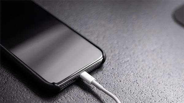 Sạc nhanh trên iPhone 11