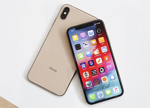 iPhone XS Max không có cảm biến vân tay.