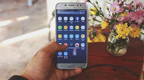Điện thoại Samsung Galaxy J7 dễ dàng khôi phục cài đặt gốc