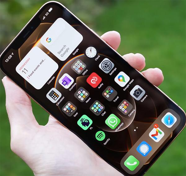 Màn hình iPhone 12 Pro