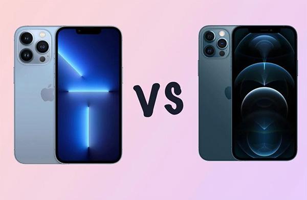 iPhone 13 Pro bên trái và iPhone 12 Pro bên phải.